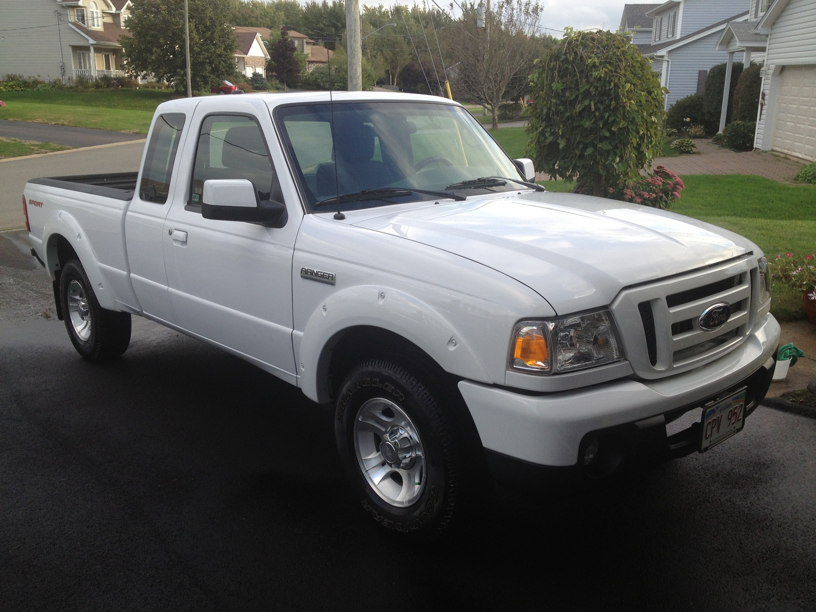 Ford Ranger Sport Supercab Door Pic