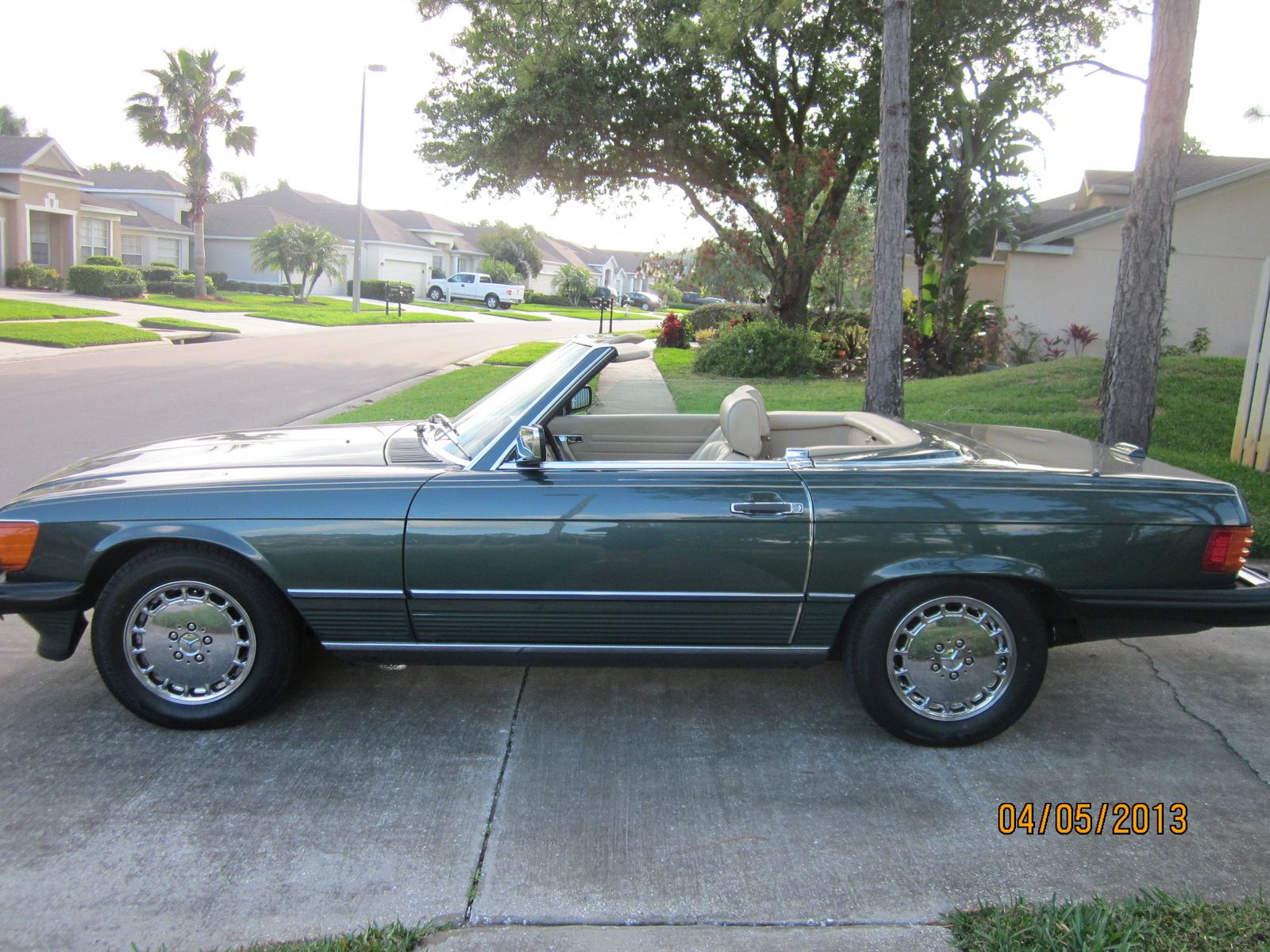 1991 mercedes benz 560 class specifications cargurus for Looking for mercedes benz for sale