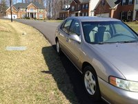 Picture of 2001 Nissan Altima XE, exterior
