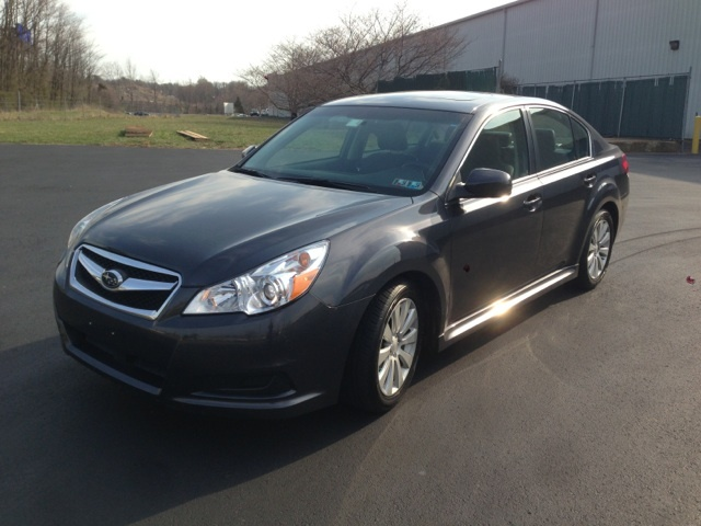 Picture of 2010 Subaru Legacy 3.6R Limited, exterior, gallery_worthy