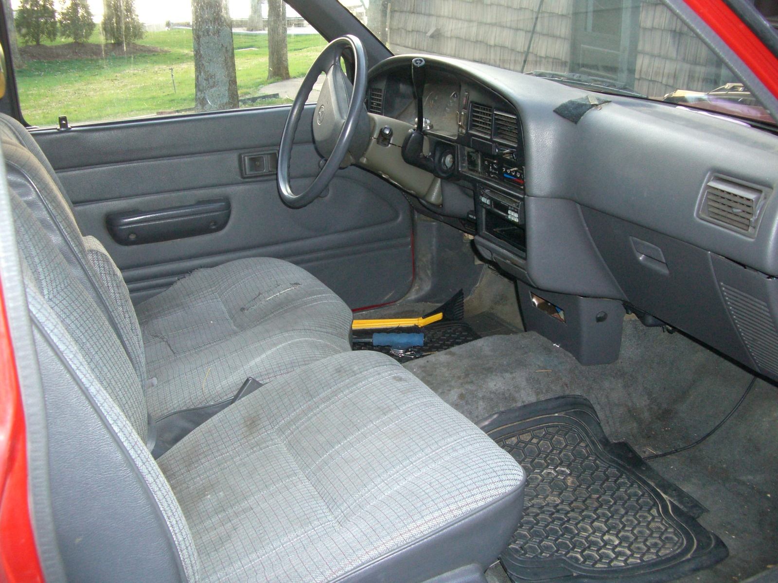 1991 toyota pickup 2 dr deluxe extended cab sb interior - 1993 toyota pickup interior parts ...