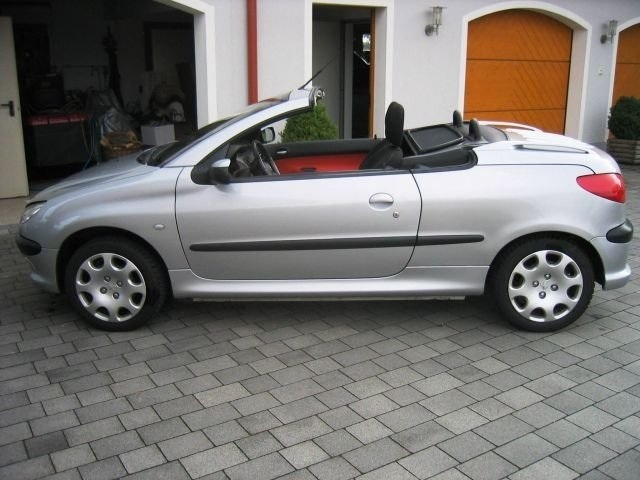 Picture of 2003 Peugeot 206
