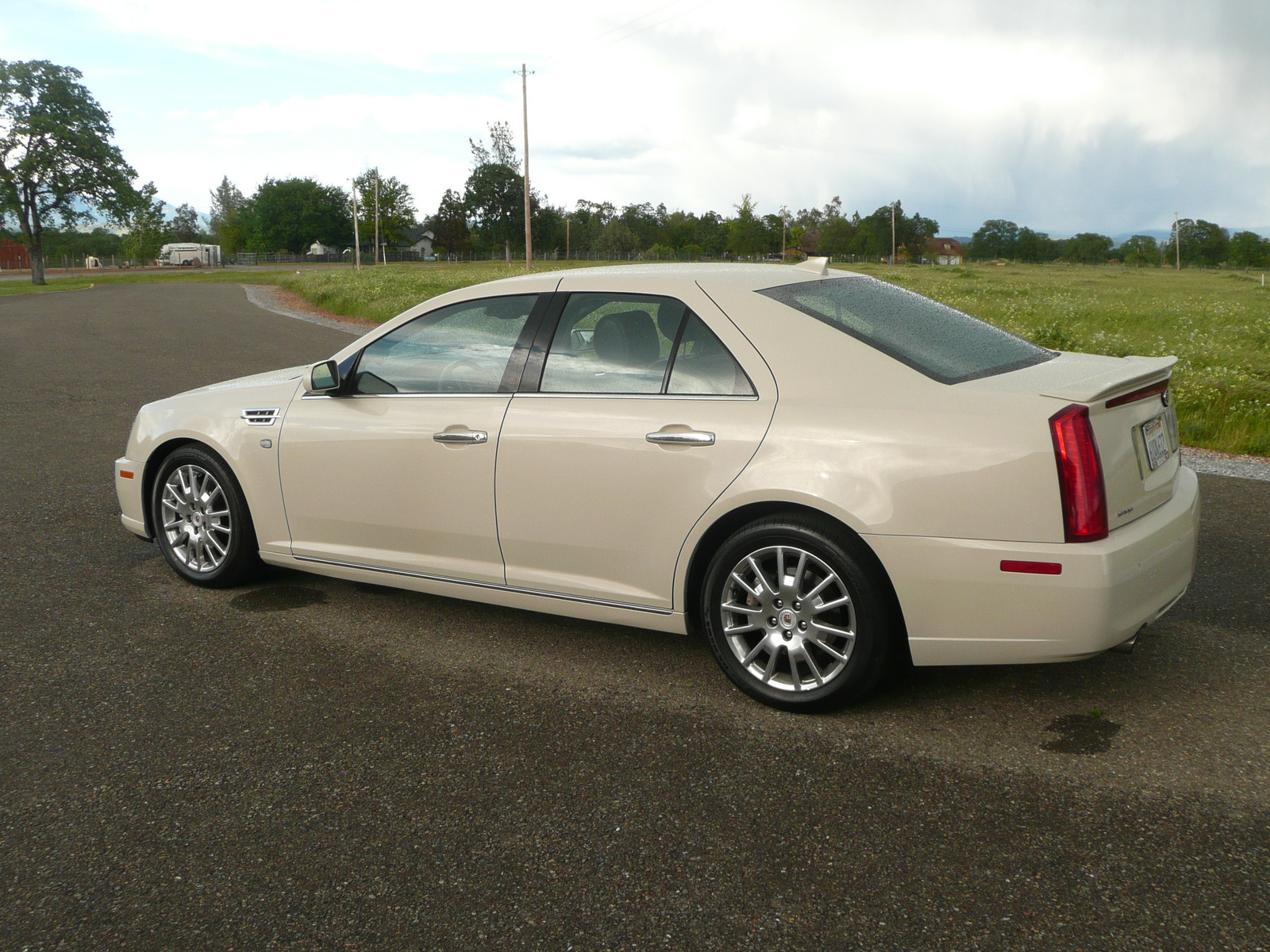 Cadillac Sts Premium Pic furthermore Original in addition Cadillac Escalade Interior in addition Roadtests Z Cadillac Cts Sedan Dash additionally Bcm. on 2005 cadillac sts interior