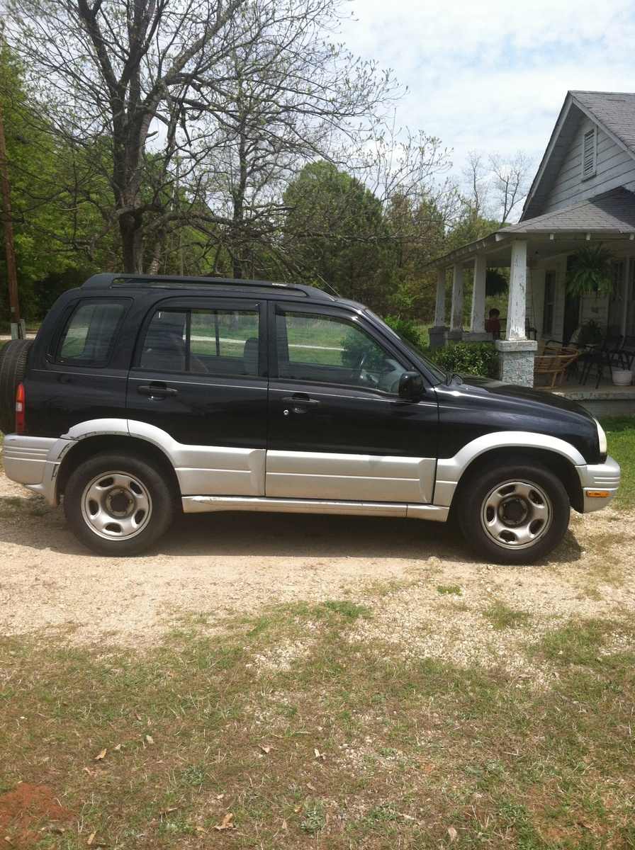 Picture of 2000 Suzuki Grand Vitara 4 Dr JLS SUV