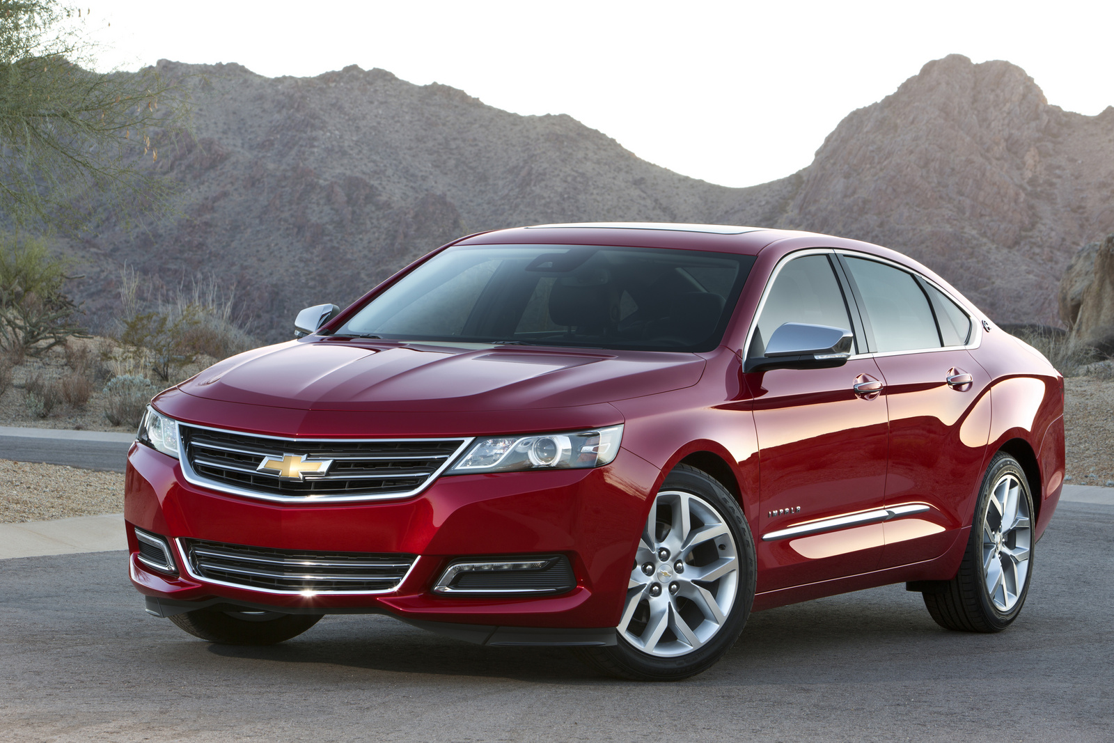 2014 Chevrolet Impala, Front-quarter view. Copyright General Motors, manufacturer, exterior