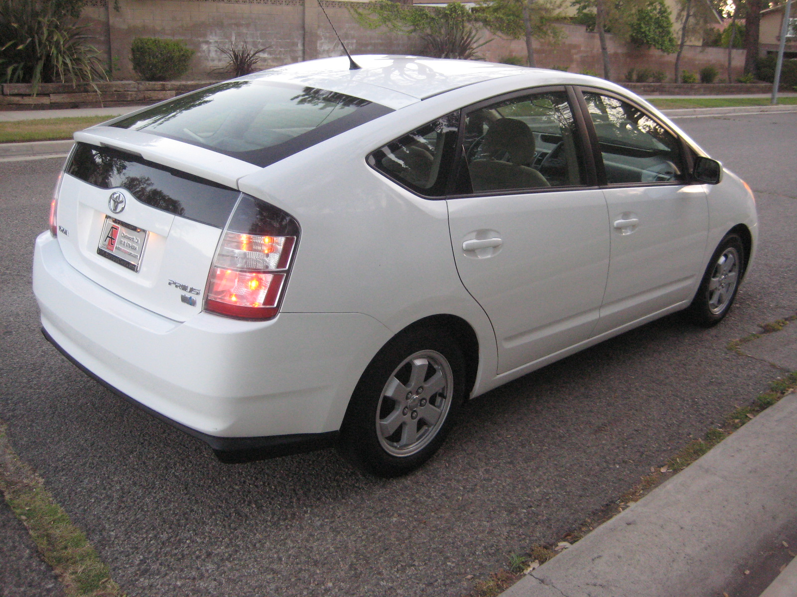 2004 Toyota Prius Pictures Cargurus