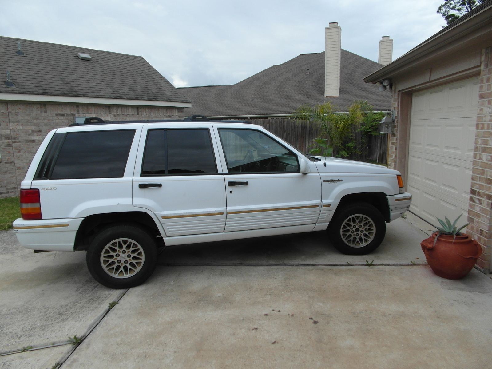 picture of 1995 jeep grand cherokee limited 4wd exterior. Black Bedroom Furniture Sets. Home Design Ideas
