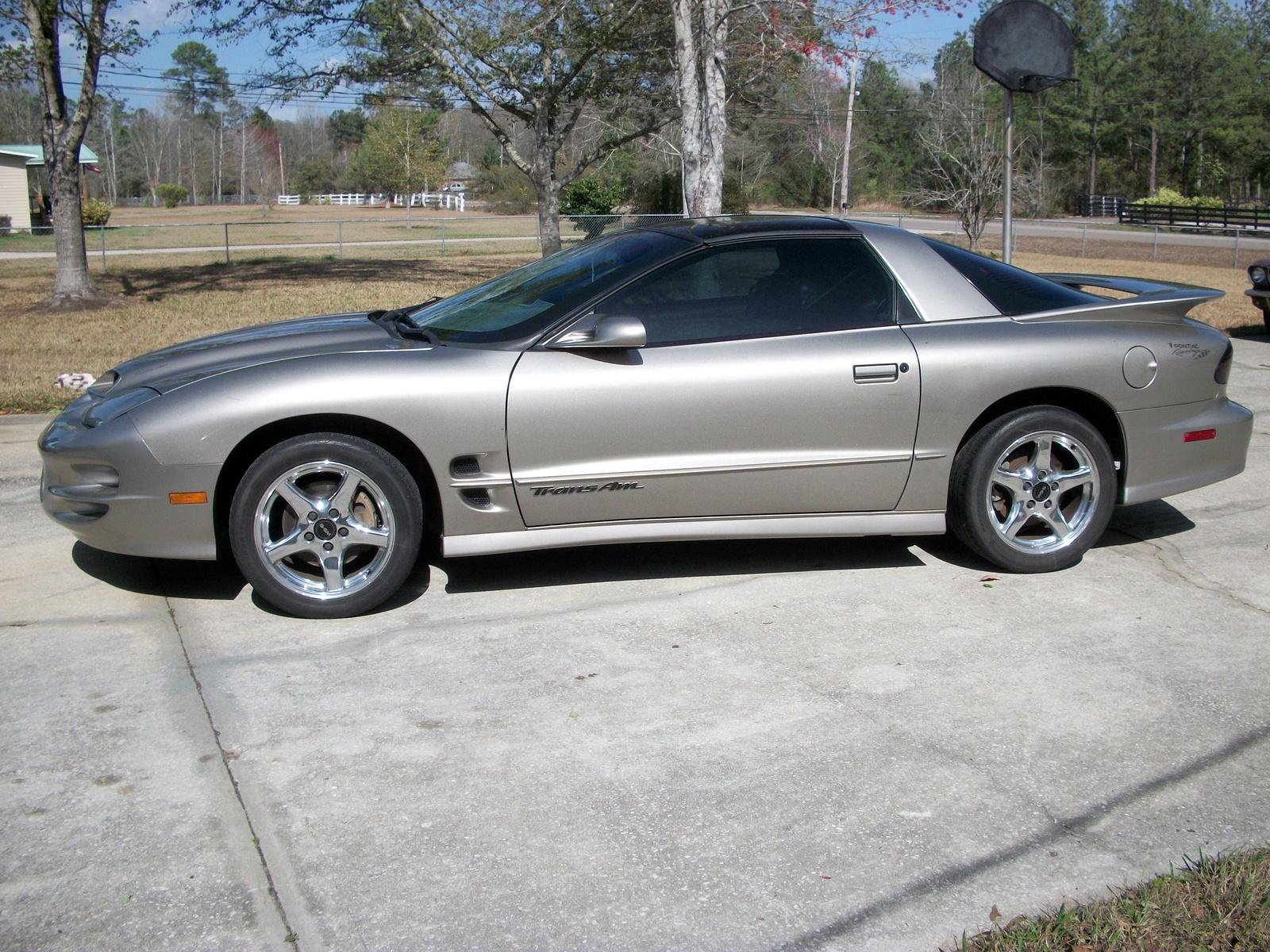 2000 Pontiac Trans Am - Pictures