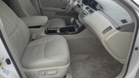 Picture of 2010 Toyota Avalon Limited, interior
