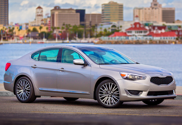 2014 Kia Cadenza, Front-quarter view, exterior, manufacturer, gallery_worthy