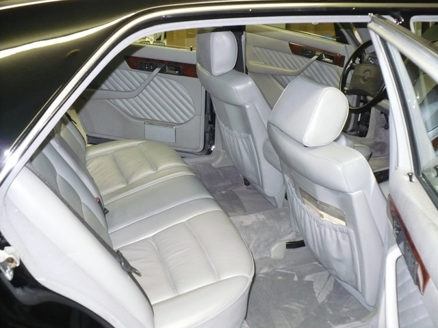 Picture of 1991 Mercedes-Benz 560-Class 4 Dr 560SEL Sedan, interior