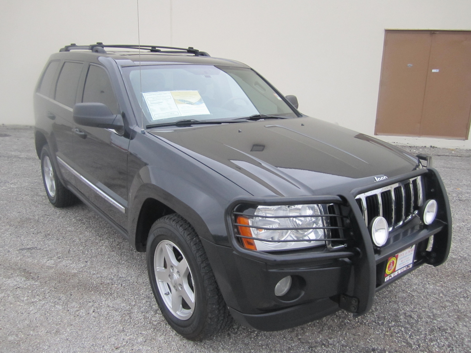 2005 jeep grand cherokee limited 4wd picture exterior. Cars Review. Best American Auto & Cars Review