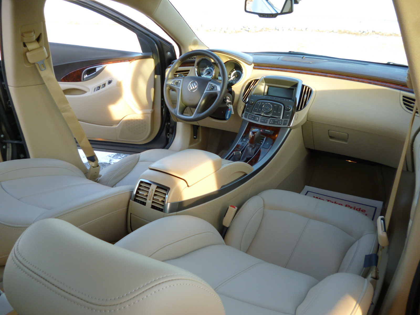 2006 buick lucerne battery size and location 2006 free. Black Bedroom Furniture Sets. Home Design Ideas