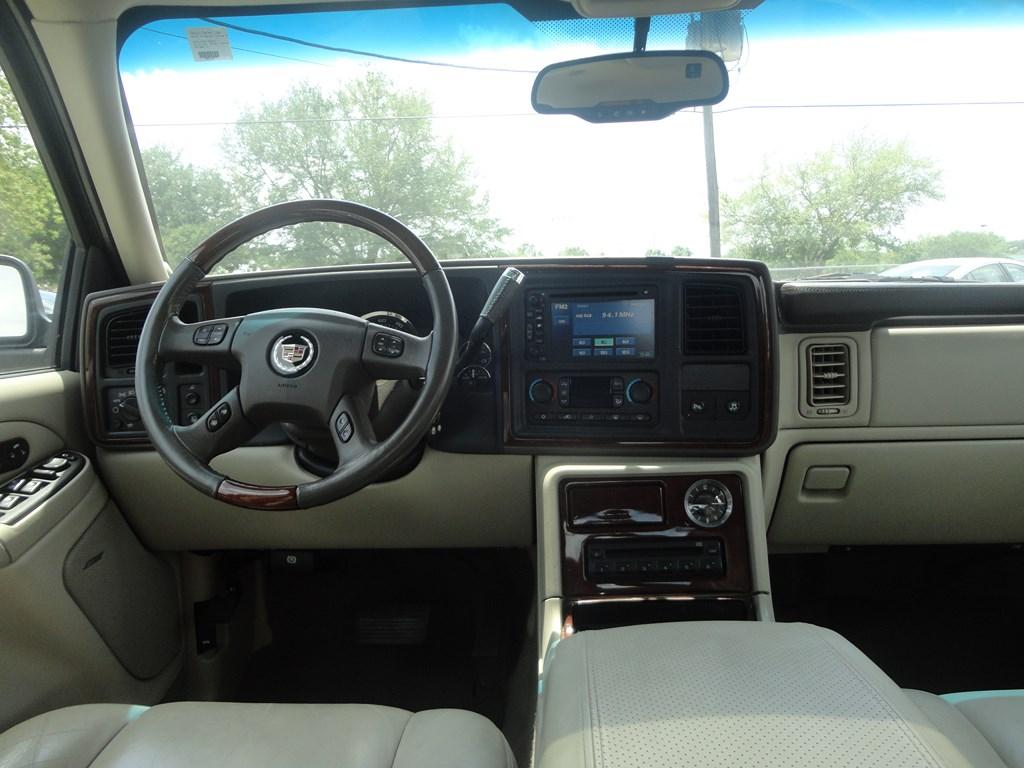 Cadillac Escalade 2006 Interior The Image Kid Has It