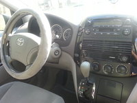 Picture of 2004 Toyota Sienna 4 Dr LE AWD Passenger Van, interior