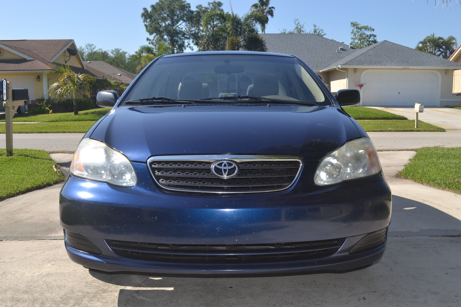 2005 toyota corolla - pictures