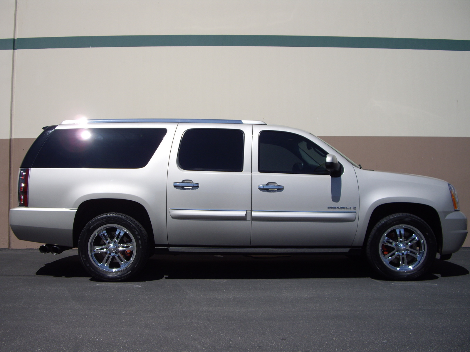 cars for sale 2007 gmc yukon xl denali in white plains autos post. Black Bedroom Furniture Sets. Home Design Ideas