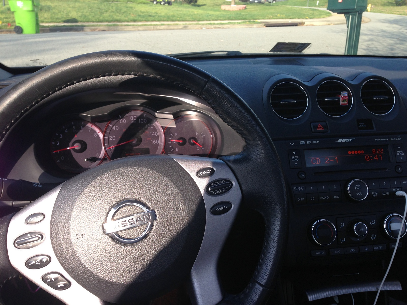 picture of 2008 nissan altima coupe 2 5 s interior. Black Bedroom Furniture Sets. Home Design Ideas