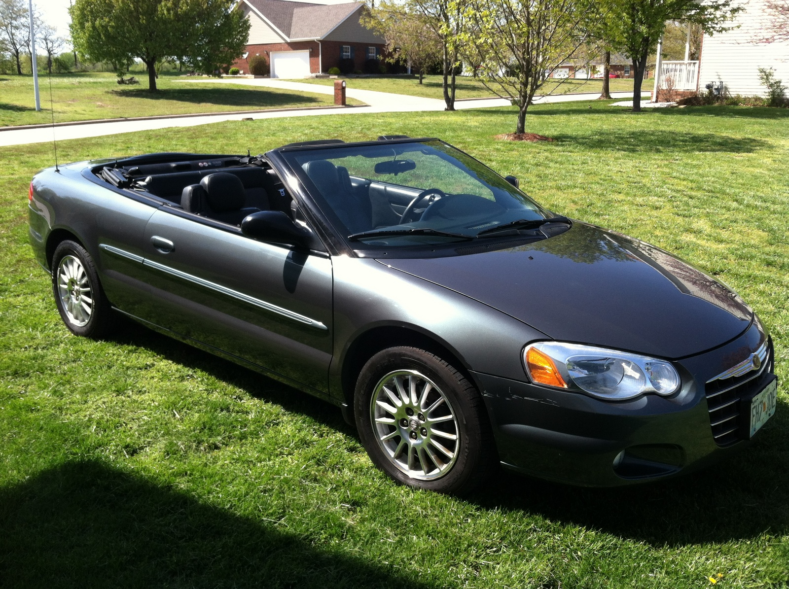 2004 chrysler sebring pictures cargurus. Black Bedroom Furniture Sets. Home Design Ideas