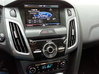 2013 Ford Focus Titanium Hatchback picture, interior