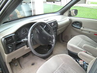 Picture of 2005 Chevrolet Venture LS, interior