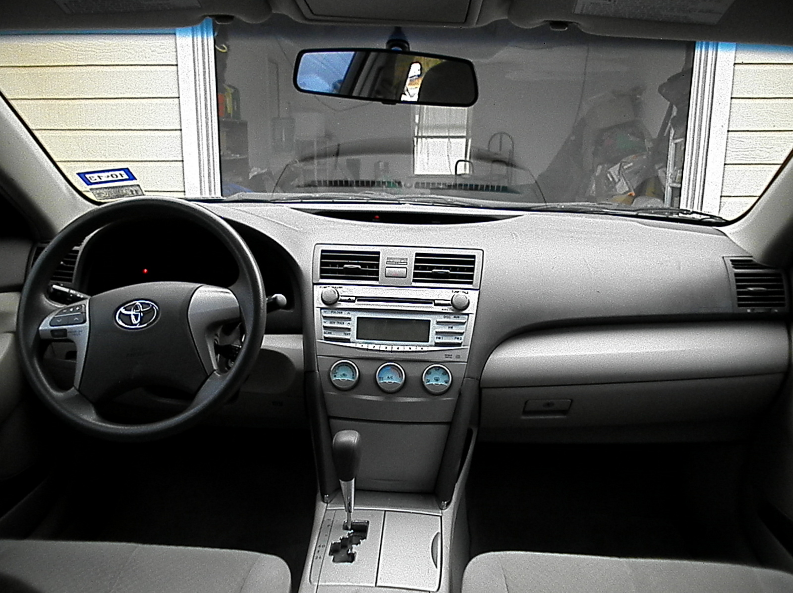 toyota camry 2008 interior pictures car and driver car and driver 2008 toyota camry interior. Black Bedroom Furniture Sets. Home Design Ideas