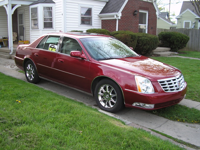 2009 cadillac dts luxury i for sale cargurus autos post. Black Bedroom Furniture Sets. Home Design Ideas