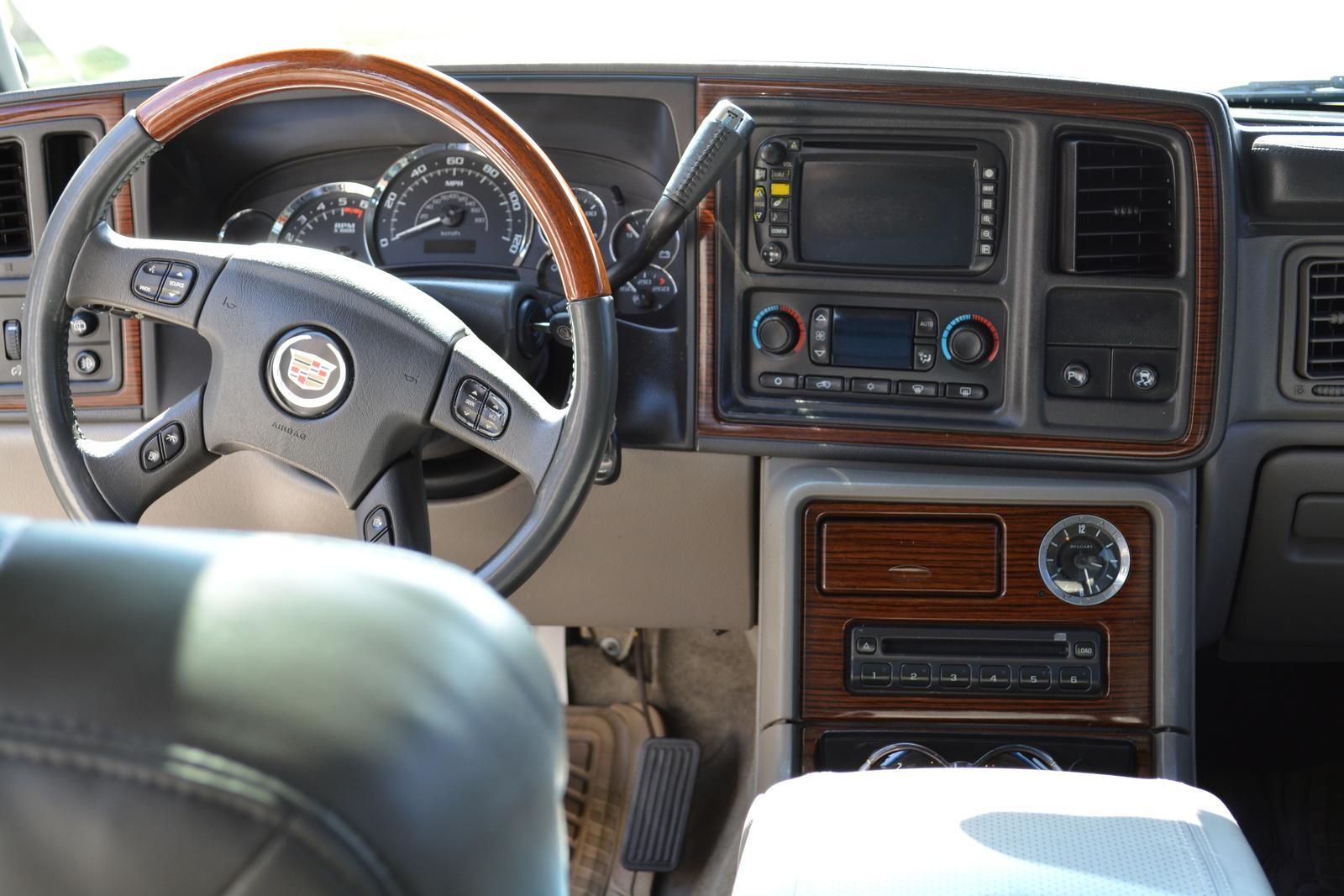 2004 Cadillac Escalade Pictures Cargurus