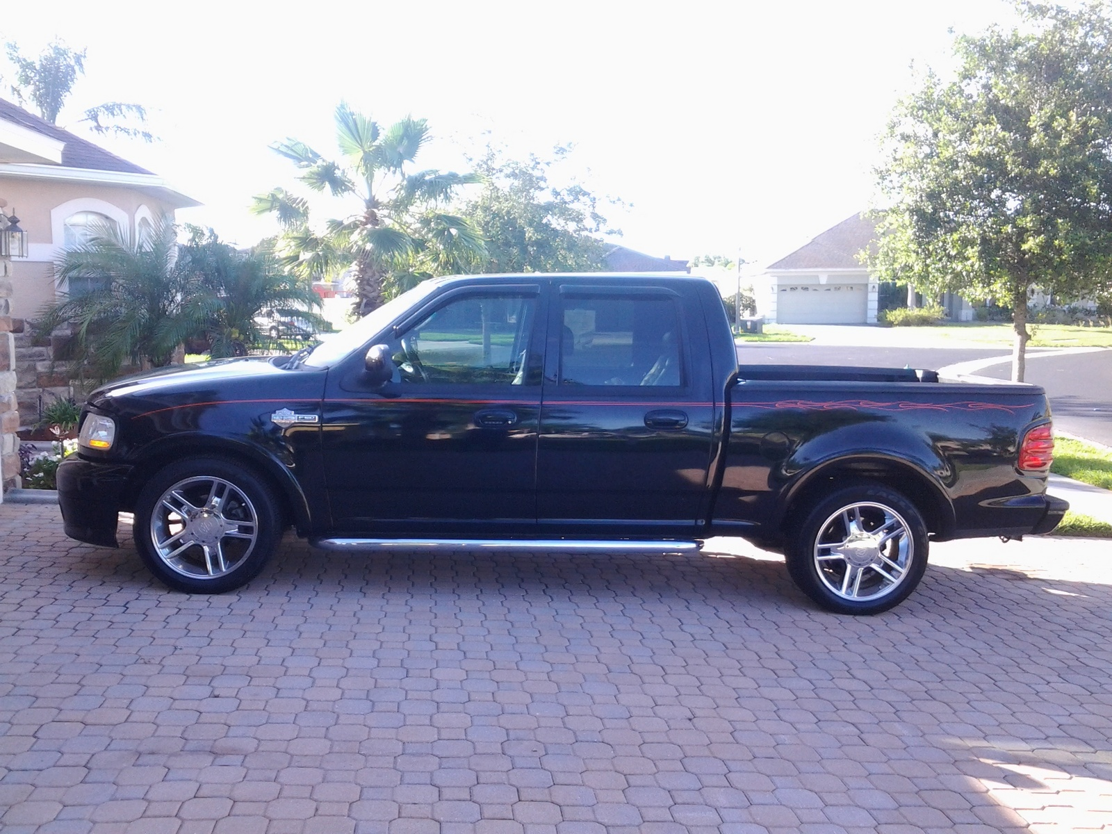 for sale 2002 ford f 150 harley davidson supercharged. Black Bedroom Furniture Sets. Home Design Ideas