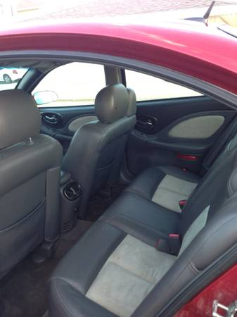 2005 pontiac bonneville interior pictures cargurus. Black Bedroom Furniture Sets. Home Design Ideas