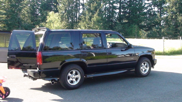 2000 chevrolet tahoe - overview - cargurus