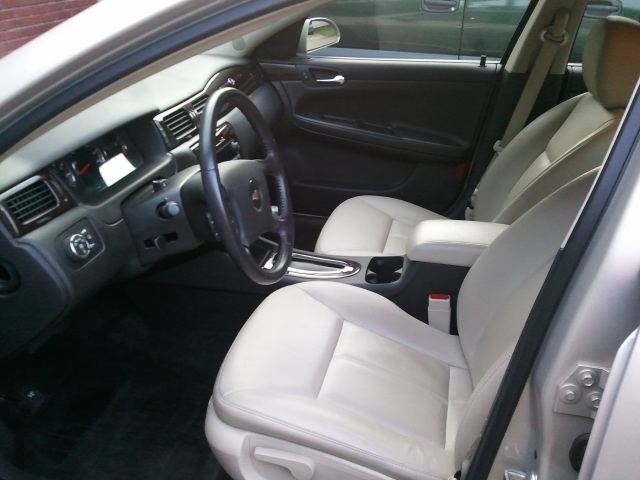 Picture of 2012 Chevrolet Impala LTZ, interior