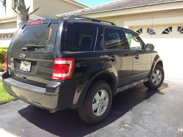 Picture of 2011 Ford Escape