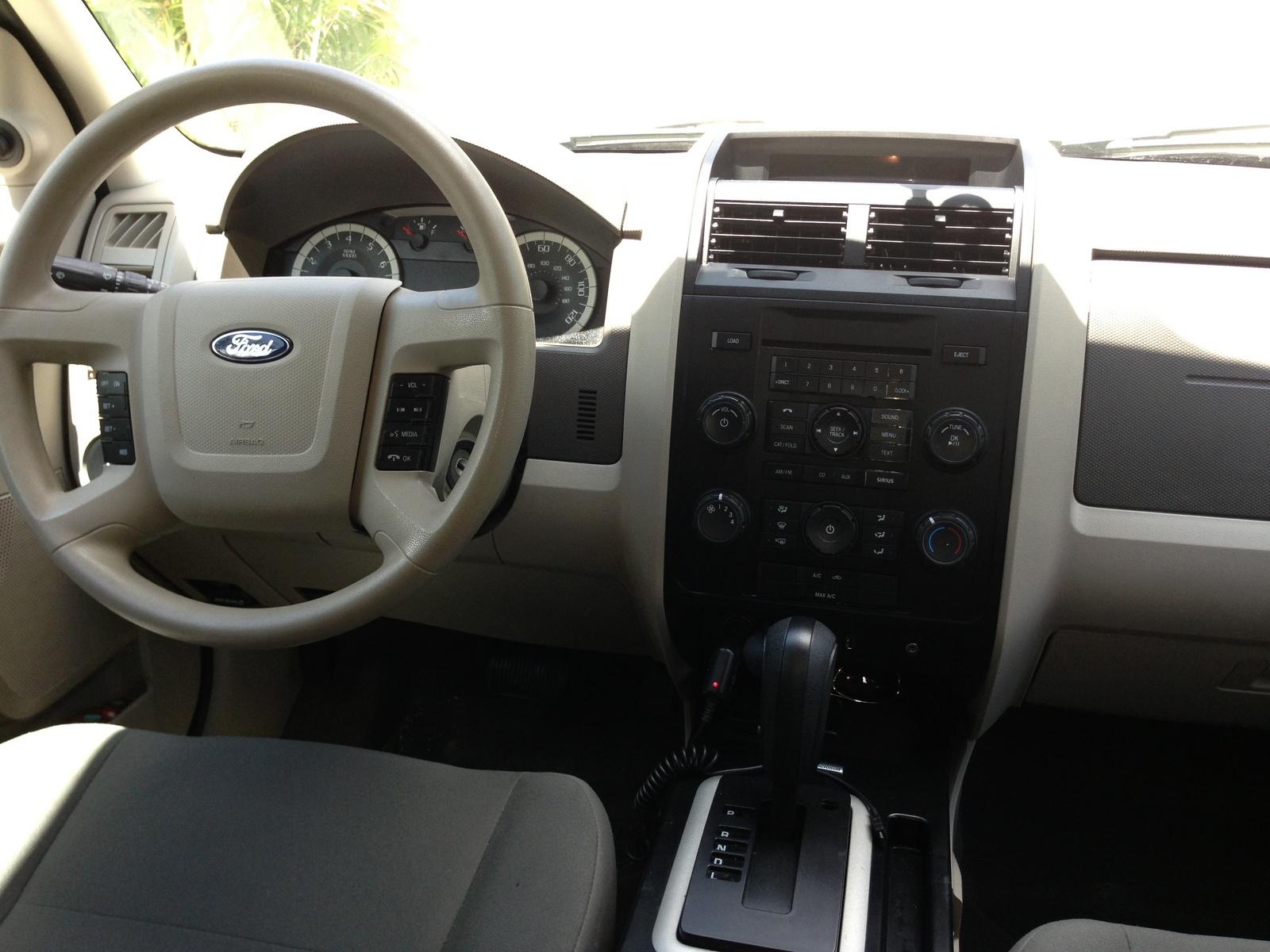 2011 Ford Escape Interior Pictures Cargurus