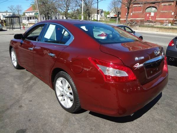 Picture of 2009 Nissan Maxima