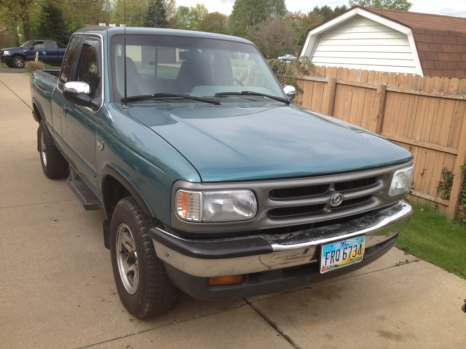 Picture of 1994 Mazda B-Series Pickup 2 Dr B4000 LE 4WD Extended Cab SB