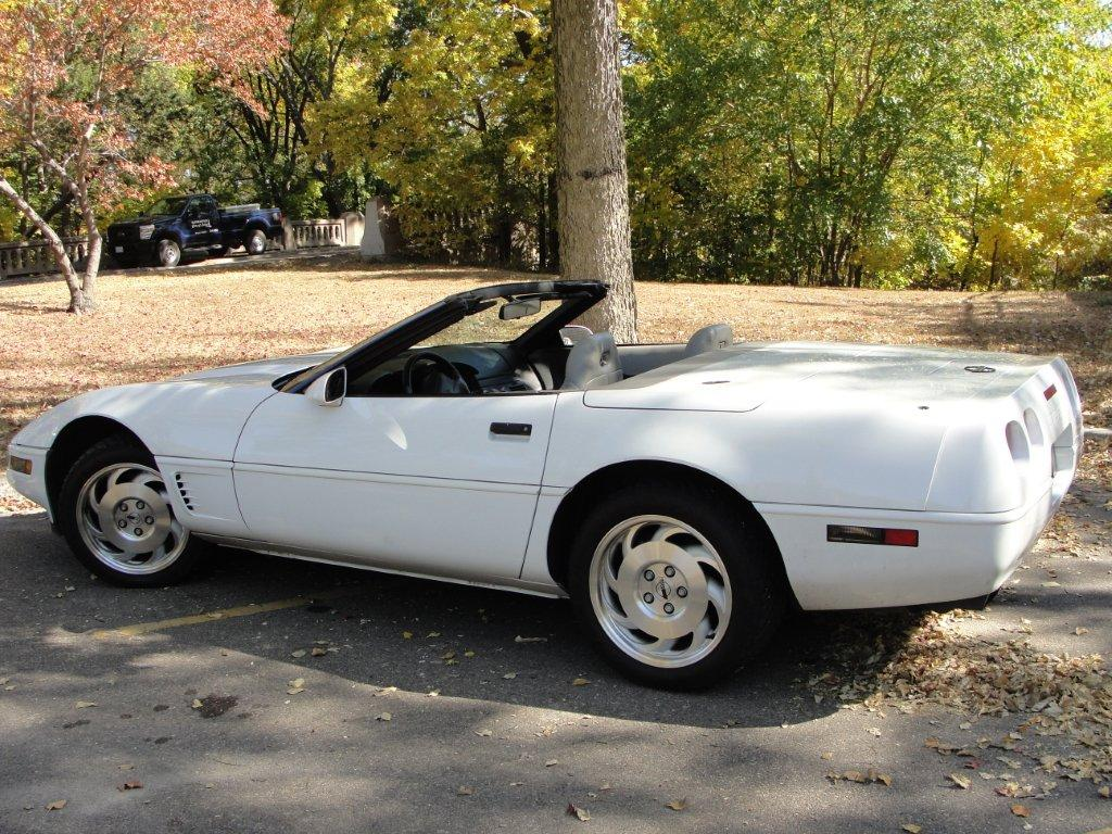 Picture of 1996 Chevrolet Corvette Convertible