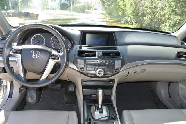 Picture of 2010 Honda Accord EX-L w/ Nav, interior