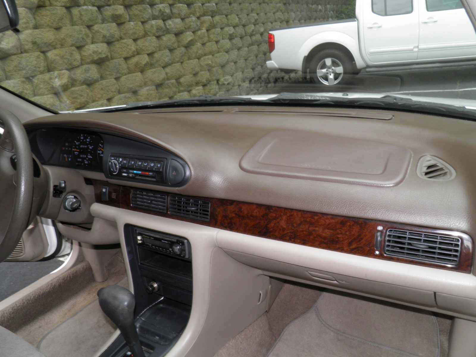 Picture of 1997 Nissan Altima SE, interior