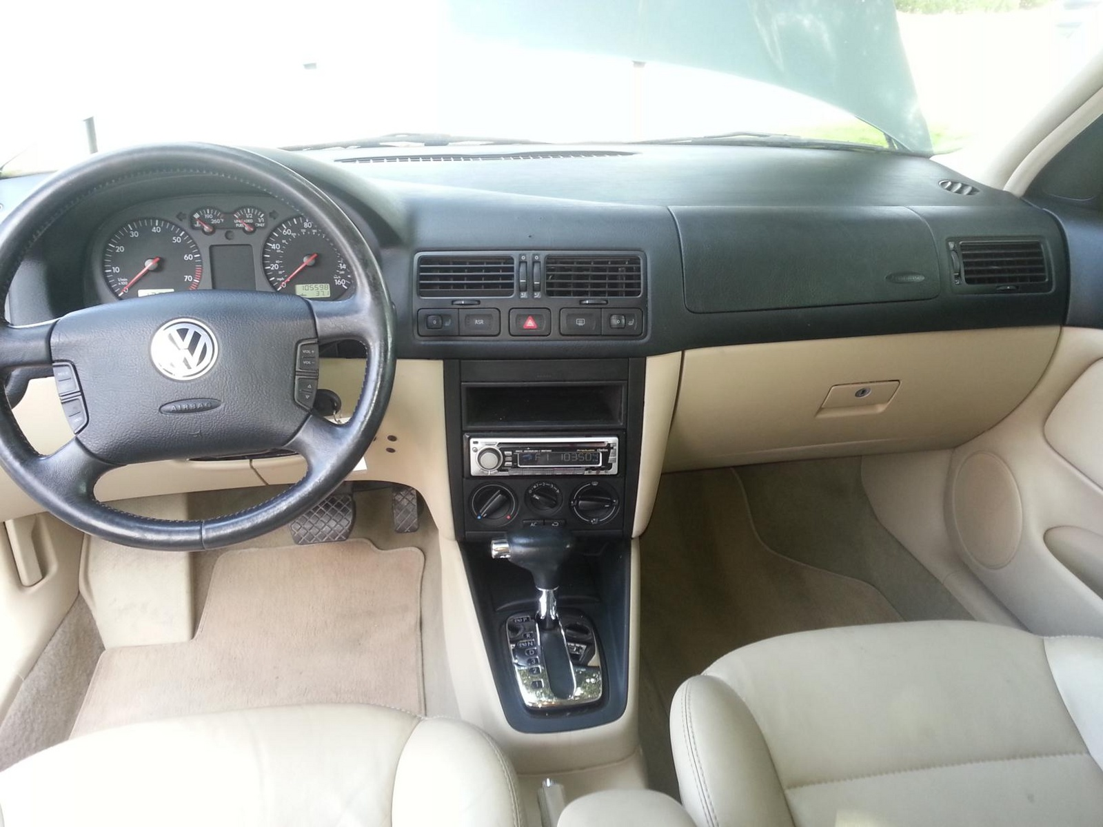 2000 volkswagen jetta interior parts pictures to pin on pinterest pinsdaddy for Vw jetta interior replacement parts