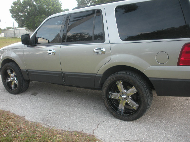 2004 ford expedition trim information cargurus. Black Bedroom Furniture Sets. Home Design Ideas
