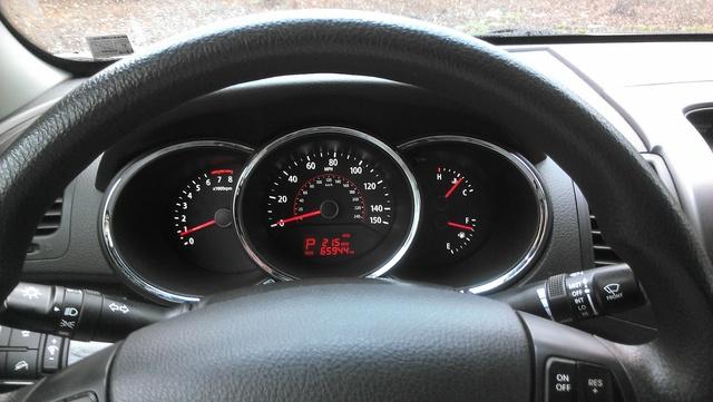 Picture of 2011 Kia Sorento LX 4WD, interior
