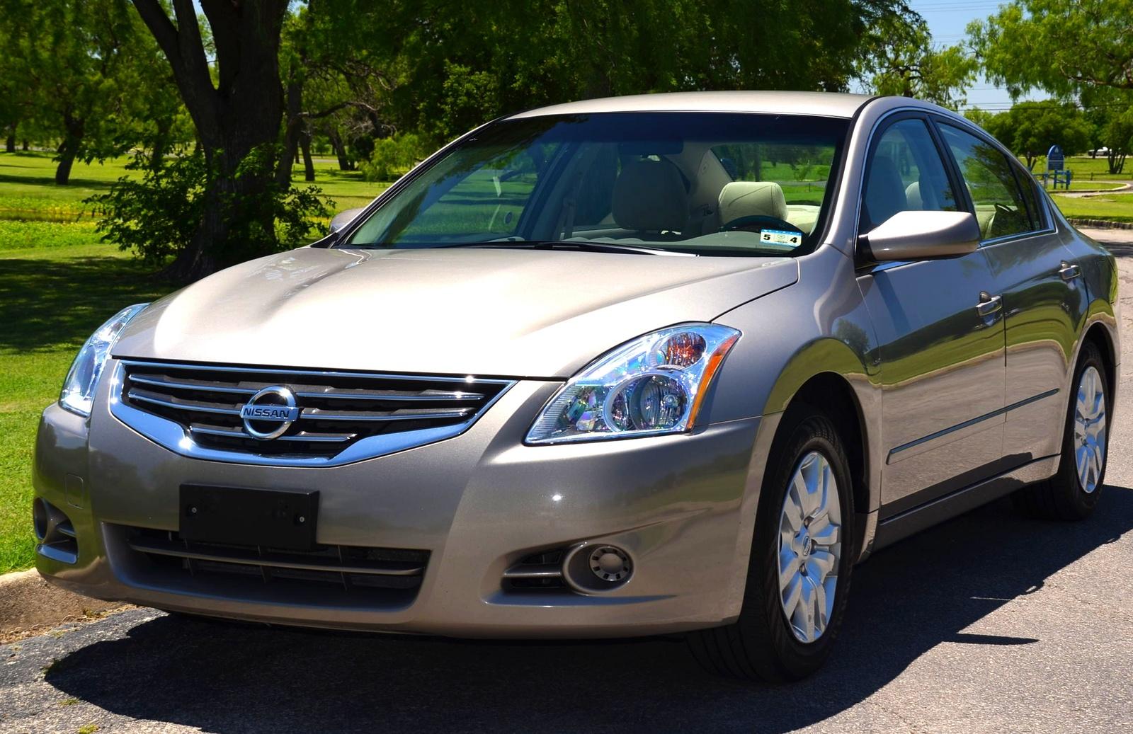2012 Nissan Altima Pictures Cargurus