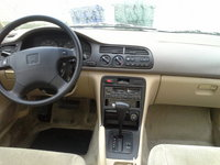 1995 Honda Accord picture, interior