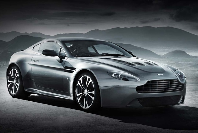 2013 Aston Martin V12 Vantage, Front-quarter view, exterior, manufacturer, gallery_worthy