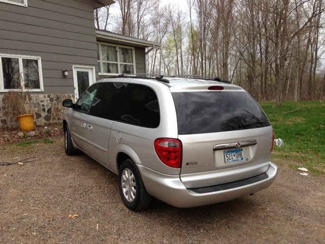 2003 Chrysler Town & Country