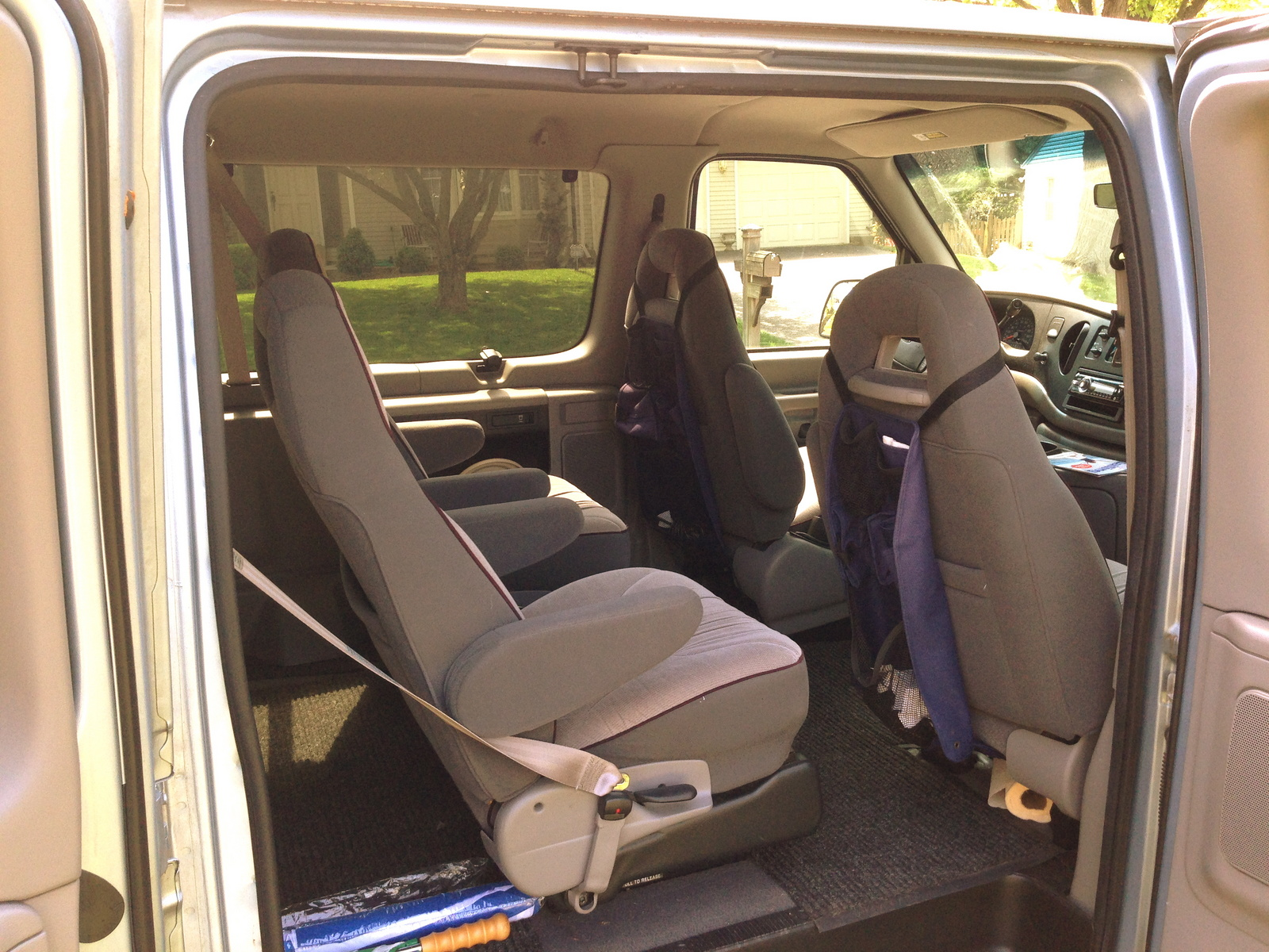 Picture of 1998 Ford E-150 Chateau Club Wagon, interior
