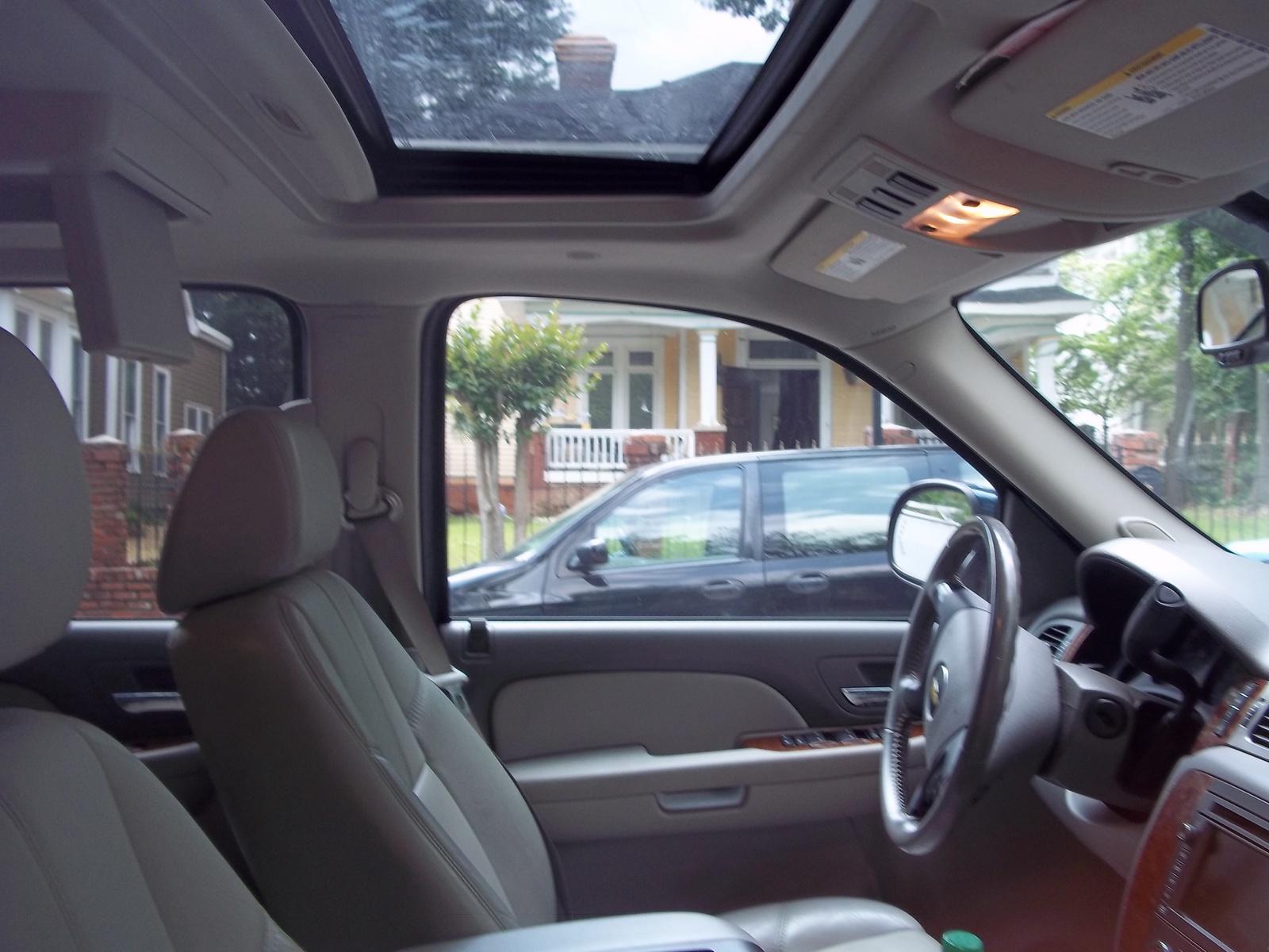 2007 Chevrolet Tahoe - Interior Pictures - CarGurus