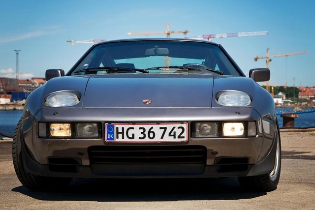 Picture of 1986 Porsche 928
