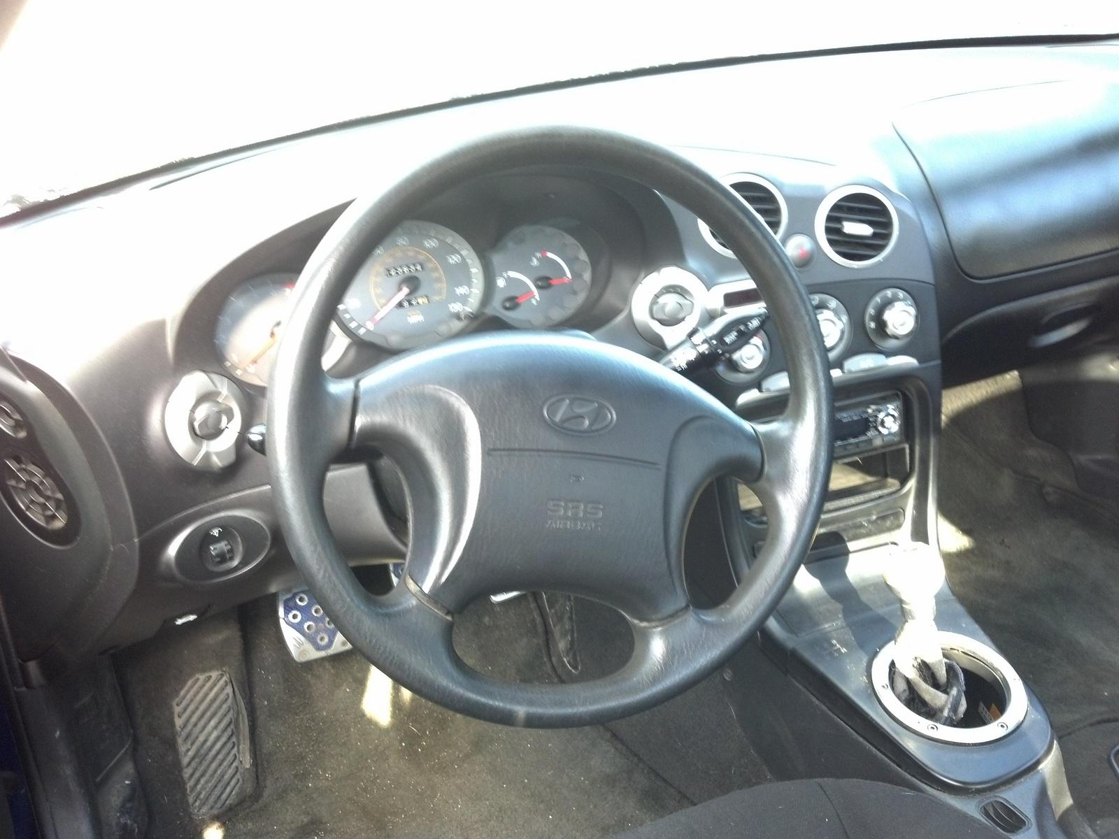 2001 Hyundai Tiburon Interior Pictures Cargurus
